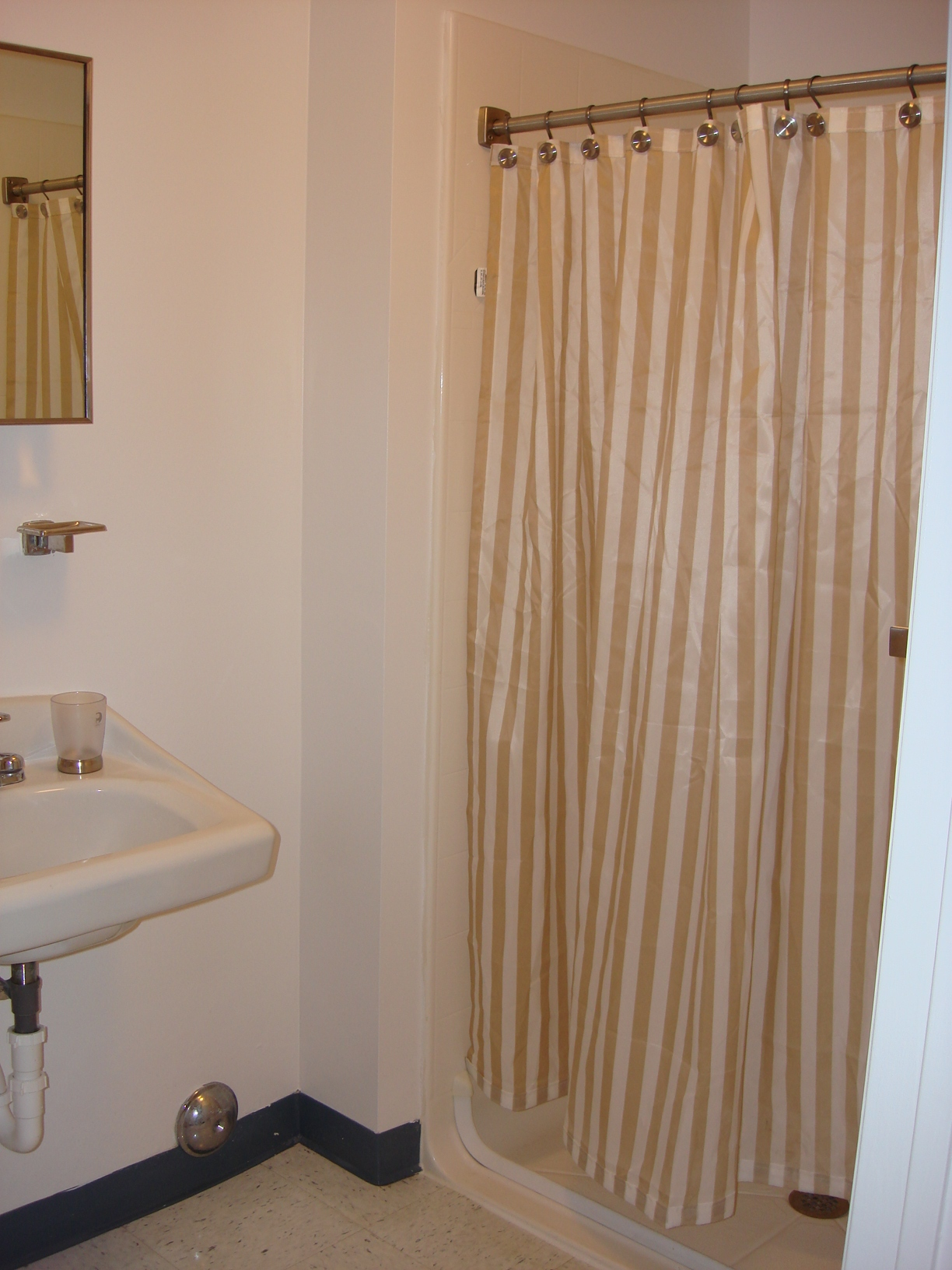 Bathroom - resize